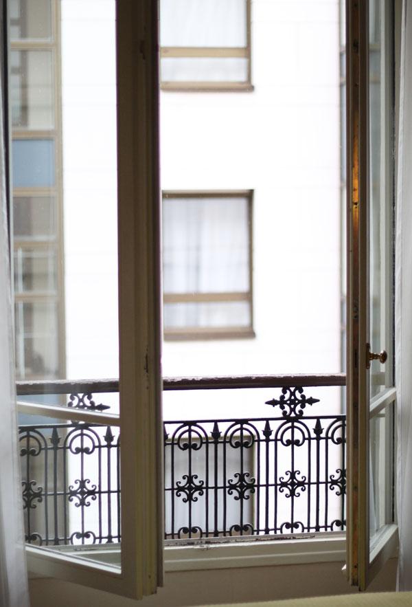 hotel room paris