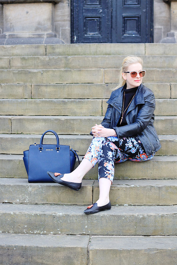 how to wear floral trousers