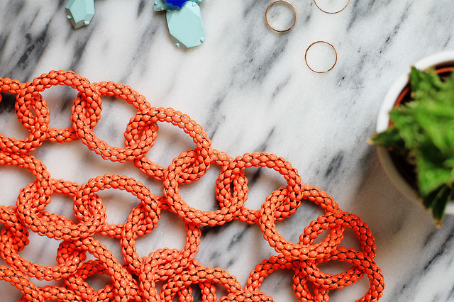 where to buy statement necklace